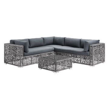 Pemberly Row Sectional with Cushions in Gray