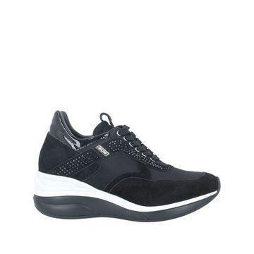 CESARE PACIOTTI 4US Low-tops & sneakers