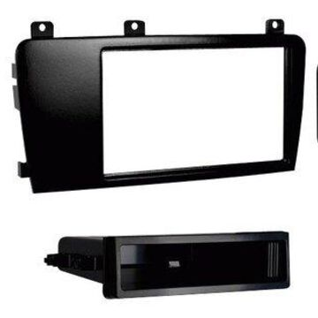 Metra - Installation Kit for 2005-2007 Volvo S60 and V70 Vehicles - Black