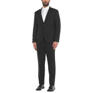 BLACK DIAMOND Suit