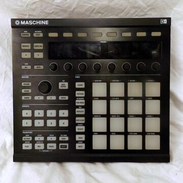 Used Maschine MKII MIDI Controller