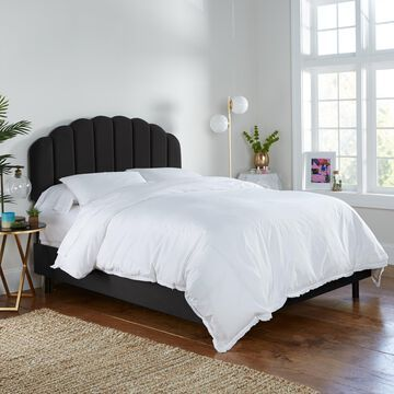 Skyline Furniture Bed in Velvet