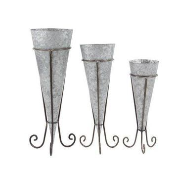 Decmode Farmhouse 22, 26, and 29 Inch Cone-Shaped Metal Planters with Stand - Set of 3