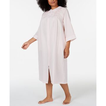 Plus Size Embroidered Seersucker Long Zip-Up Robe