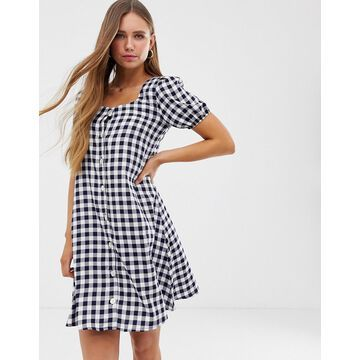 QED London button through mini dress in gingham