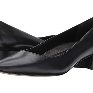 Walking Cradles Heidi (Black Leather) Women's 1-2 inch heel Shoes