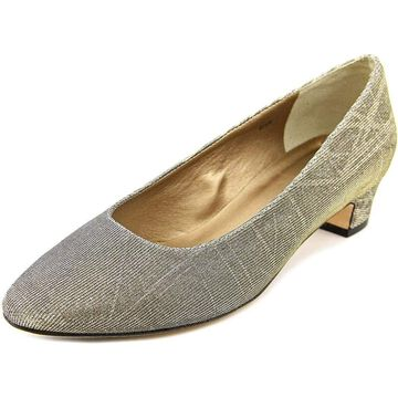 Vaneli Womens Astyr Leather Closed Toe Classic Pumps