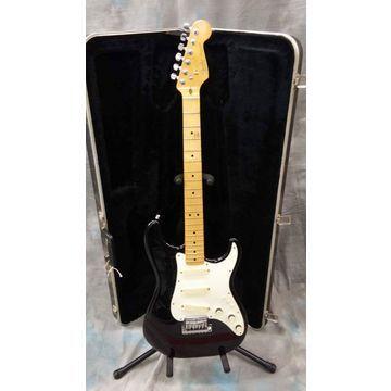 Vintage 1983 FENDER ELITE STRAT Solid Body Electric Guitar Black and White