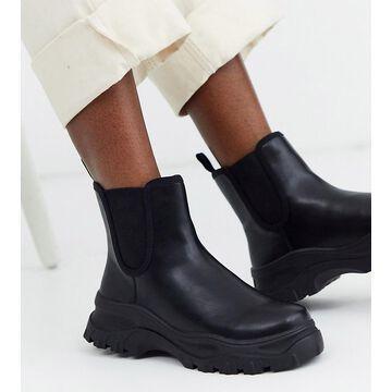 Monki sporty Chelsea boots in black