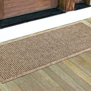 Bungalow Flooring 2-ft x 5-ft Camel Rectangular Indoor or Outdoor Door Mat in Brown   280502260