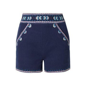 SOLID & STRIPED Shorts & Bermuda Shorts
