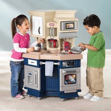 Little Tikes Super Chef Play Kitchen with 13 Piece Accessory Set