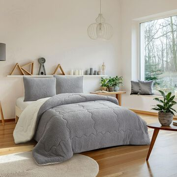 Dearfoams Ludwell Sherpa Comforter Set with Sherpa Reverse