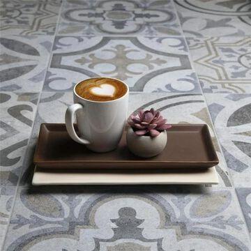 SomerTile 13.125x13.125-inch Asturias Perla Marbella Ceramic Floor and Wall Tile (9 tiles/11.18 sqft.)