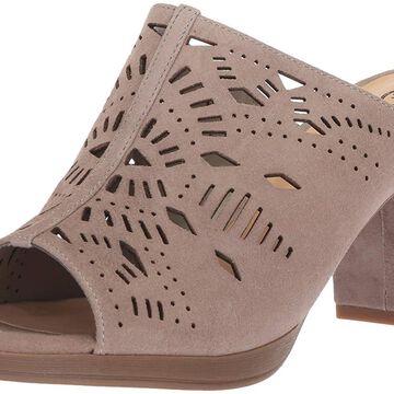 Bella Vita Women's Lark Heeled Sandal