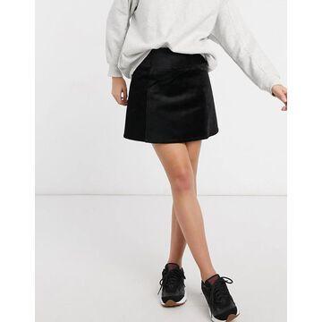 Monki Quinn skirt in black