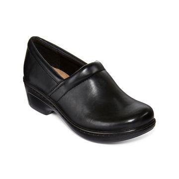 Yuu Bethanee Slip-On Shoes