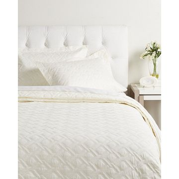 Peacock Alley Bristol Coverlet Collection