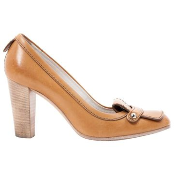 Tod's Camel Leather Heels