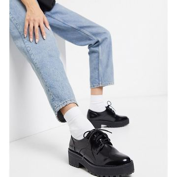 Monki lace up shoes in black