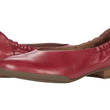 Dansko Kira (Cabernet Aniline Calf) Women's Shoes