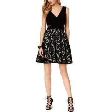 Xscape Womens Sleeveless V-Neck Party Dress