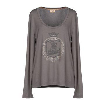 ALVIERO MARTINI 1a CLASSE T-shirts