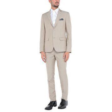 YOON Suit