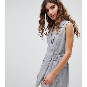 Bershka Sleeveless Belted Blazer
