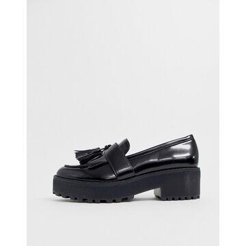 Monki tassel-detail flatform loafer in black