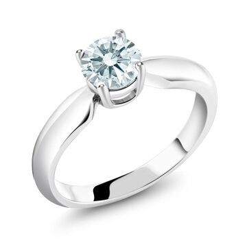 0.84 Ct White 925 Sterling Silver Ring Made With Swarovski Zirconia