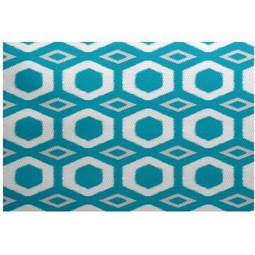 E by Design More Hugs and Kisses RGN220 Indoor/Outdoor Rug
