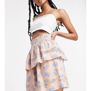 Y.A.S exclusive tiered mini skirt set in pink crab print-White