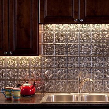Fasade Traditional Style #1 Crosshatch Silver 15-square Foot Backsplash Kit (Kit)