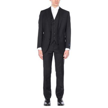 PAL ZILERI Suit