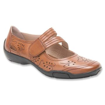 Ros Hommerson Womens Chelsea Leather Round Toe Slide