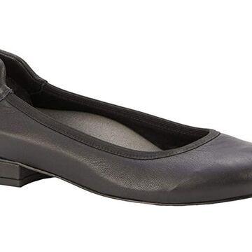 Walking Cradles Nelly (Black Nappa Mestico) Women's Shoes