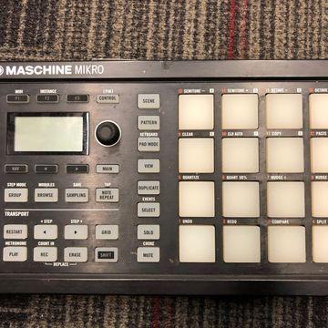 Used Maschine Mikro MKII MIDI Controller