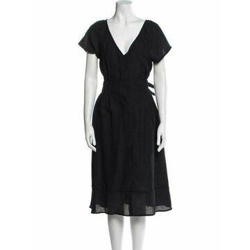 V-Neck Midi Length Dress Black