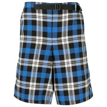 check-pattern belted shorts