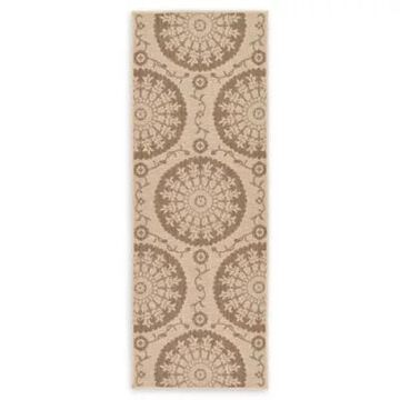 Unique Loom Medallion 2'2 x 6' Indoor/Outdoor Powerloomed Runner in Beige