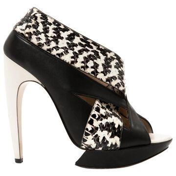 Nicholas Kirkwood Black Leather Heels