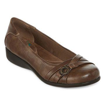 Yuu Womens Germaine Slip-On Shoe Round Toe