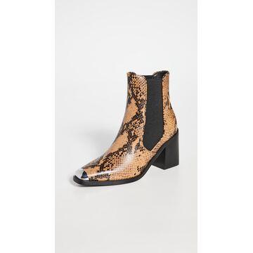 Hero II Block Heel Chelsea Boots