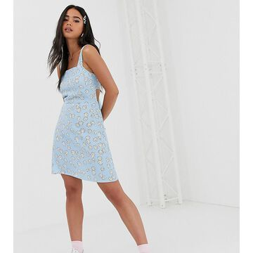 Reclaimed Vintage inspired mini dress with tie back in daisy print-Blue