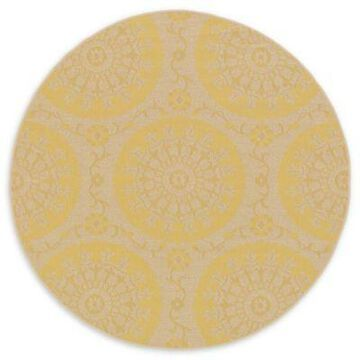 Unique Loom Medallion Outdoor 6' Round Powerloomed Area Rug in Yellow