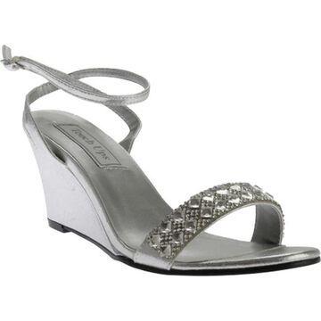 Touch Ups Women's Carter Wedge Sandal Silver Shimmer