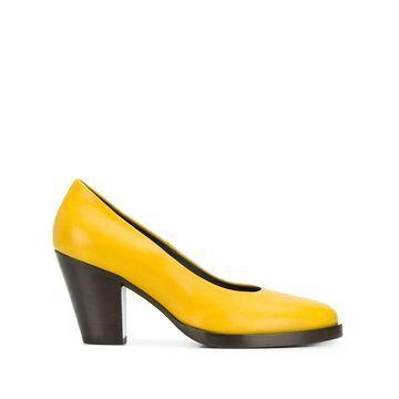 tapered heel pumps