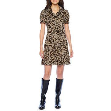 Jessica Howard Short Sleeve Animal Shift Dress
