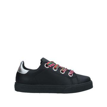 NILA & NILA Sneakers